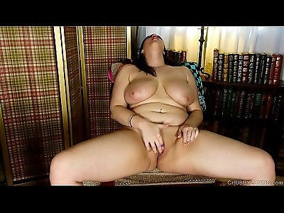 Chubby big tits brunette babe loves hardcore fucking her fat juicy pussy stuffed with her new toy