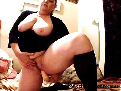 Dildo solo years BBW housewife with boobs