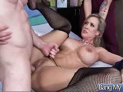 Sexy Patient Get Seduced By Dirty Doctor And Bang Hard clip