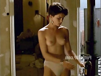 Kate Beckinsale Uncovered