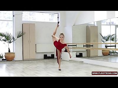 Red dressed teen Zadornaya is a pro